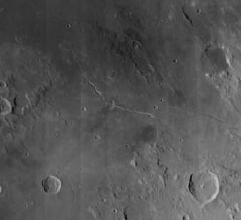 Die Hyginusrille mit dem Krater Hyginus